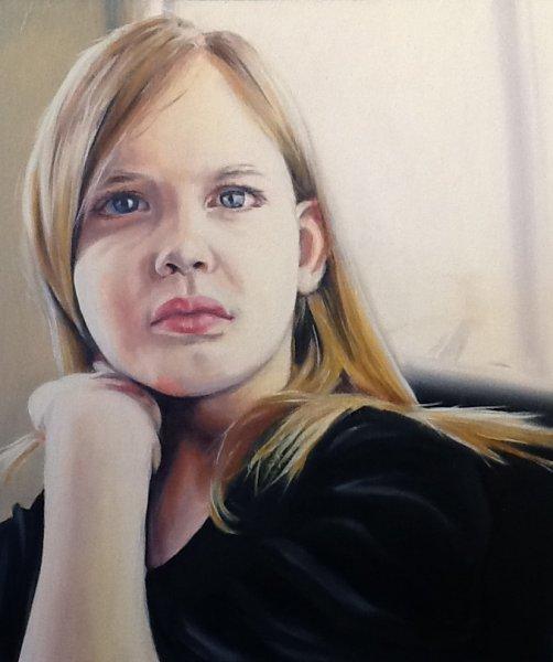 Chloe Considering, 12 x 10